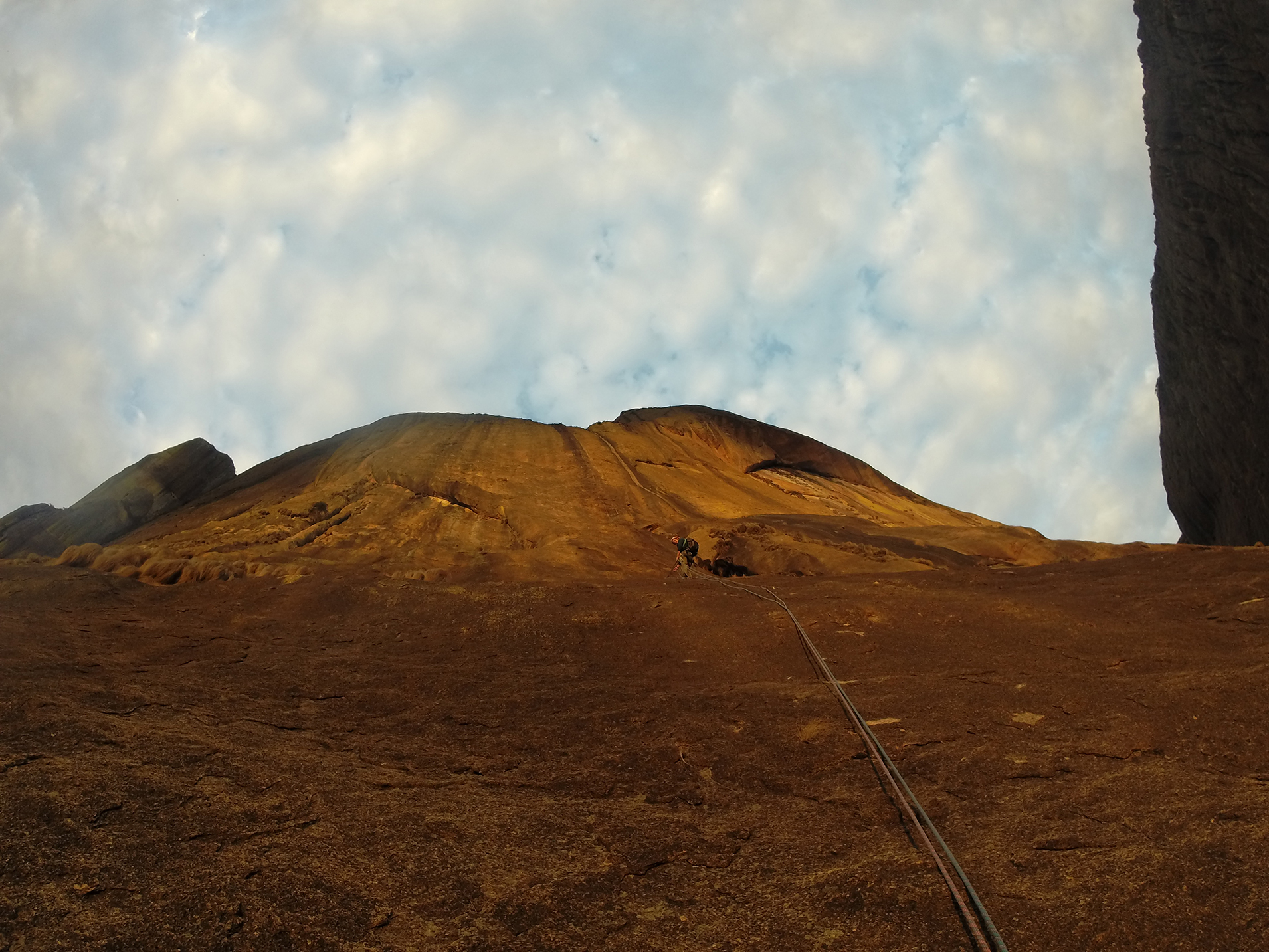 grimpe tsaranoro madagascar